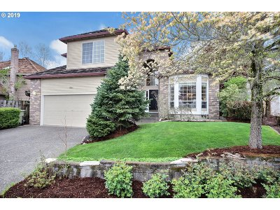 Portland Single Family Home For Sale: 17641 NW Country Dr