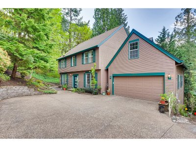 Multnomah County Single Family Home For Sale: 11519 SW Streamside Ct