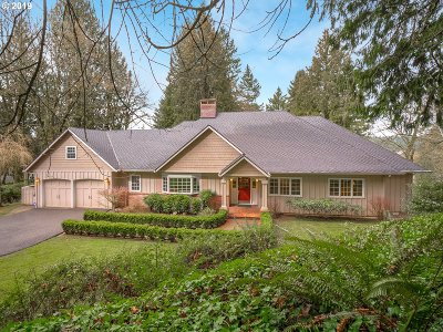 Lake Oswego Single Family Home For Sale: 1835 Cedar Ct