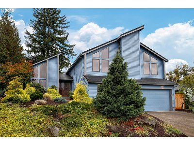 Portland Single Family Home For Sale: 3259 NE 156th Ave