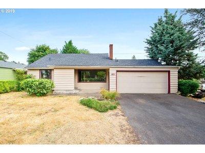 Oregon City Single Family Home For Sale: 151 Warner Parrott Rd