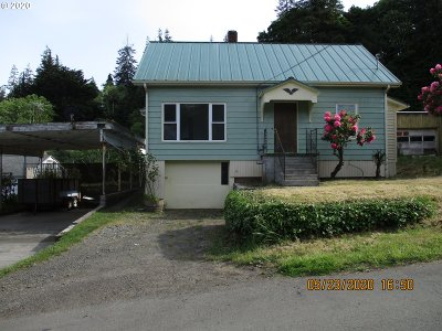 Coos Bay Single Family Home For Sale: 93752 Lorain Ln