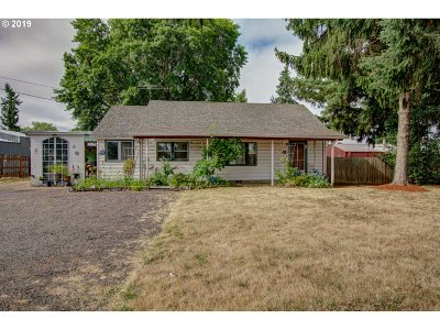 Molalla Single Family Home For Sale: 808 E Main St