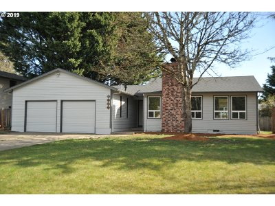 Beaverton Single Family Home For Sale: 1422 NW Fall Pl