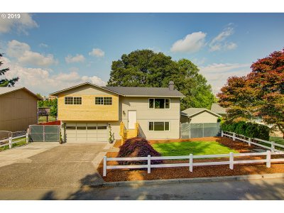 Oregon City Single Family Home Bumpable Buyer: 19027 Bedford Dr