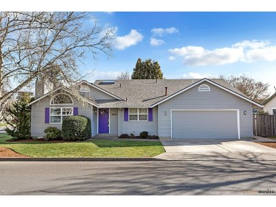Wilsonville Single Family Home For Sale: 11284 SW Chantilly