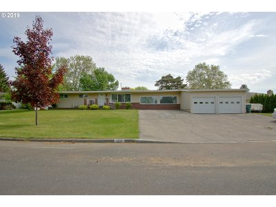 Pendleton Single Family Home For Sale: 1221 NW Johns Ave