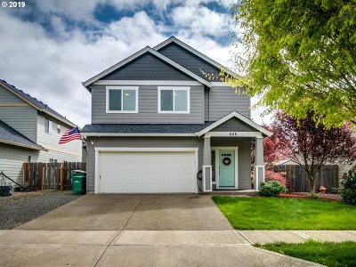 Newberg Single Family Home For Sale: 628 Donna Dr
