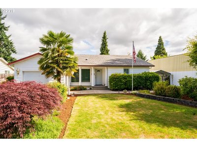 Keizer Single Family Home For Sale: 439 Churchdale Ave N