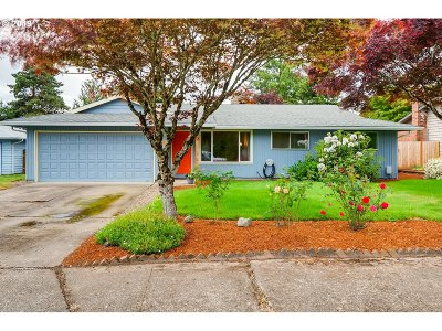 Newberg Single Family Home For Sale: 1001 Marie Ave