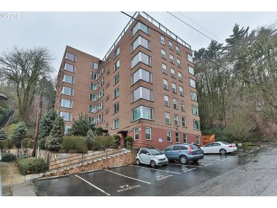 Portland Condo/Townhouse For Sale: 1205 SW Cardinell Dr #510