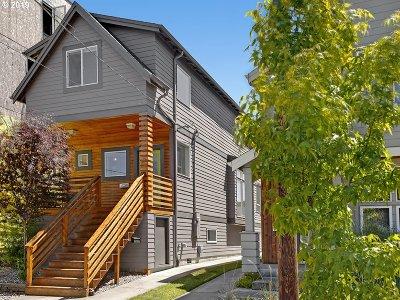 Single Family Home For Sale: 1240 SE Lambert St