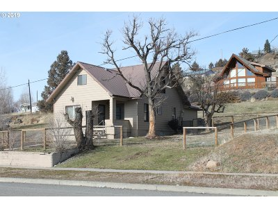 Grant County Single Family Home Bumpable Buyer: 328 NE Front St