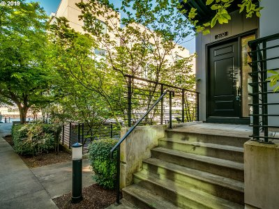 Portland Condo/Townhouse For Sale: 2132 NW 16th Ave
