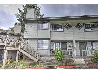 Vancouver Condo/Townhouse For Sale: 6208 NE 17th Ave #88