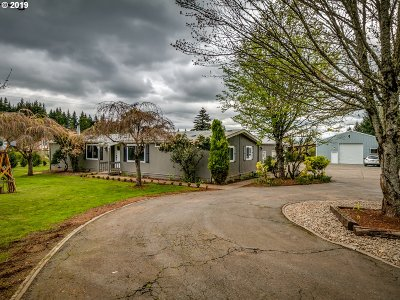 Single Family Home For Sale: 21550 S Springwater Rd