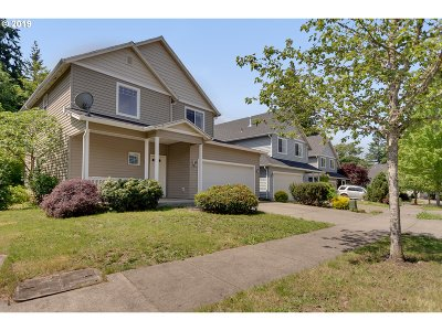 Sandy Single Family Home For Sale: 38534 Barlow Pkwy