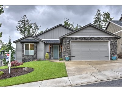 Washougal Single Family Home For Sale: 811 50th St