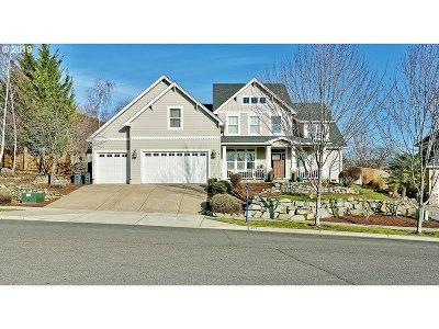 Medford Single Family Home For Sale: 4876 Bordeaux Ave
