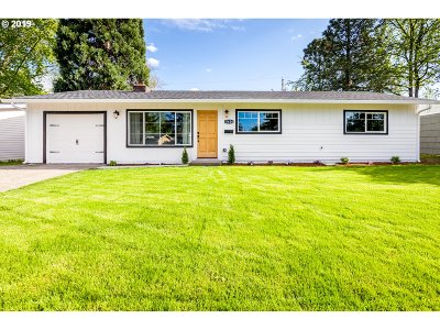 Beaverton Single Family Home For Sale: 11420 SW 14th St