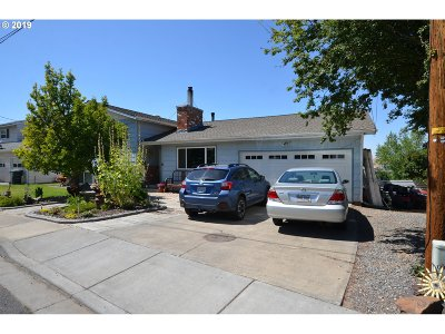 Umatilla County Single Family Home For Sale: 2215 SW Ladow Ave