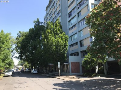 Eugene Condo/Townhouse For Sale: 1313 Lincoln St #504