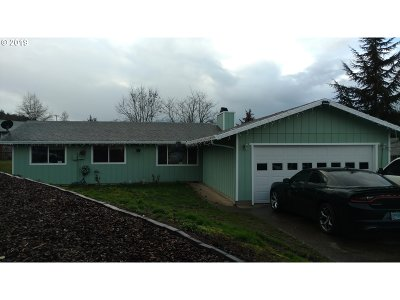 Roseburg Single Family Home For Sale: 4410 Hanna St