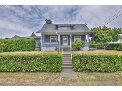 Coquille Single Family Home For Sale: 680 E 9th