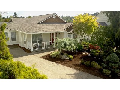 Single Family Home For Sale: 6826 SE Brigadoon St