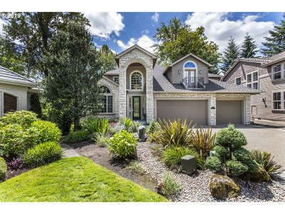 West Linn Single Family Home For Sale: 3845 Southhampton Ct