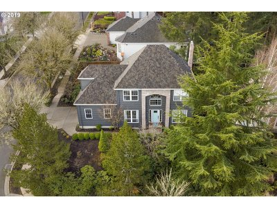 Beaverton Single Family Home For Sale: 8315 SW Gearhart Dr