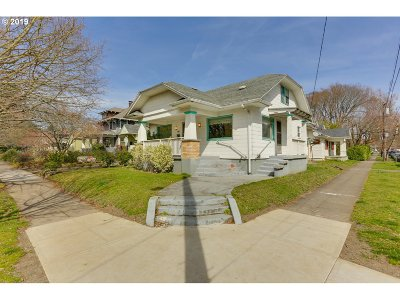 Portland Single Family Home For Sale: 1836 SE Mulberry Ave