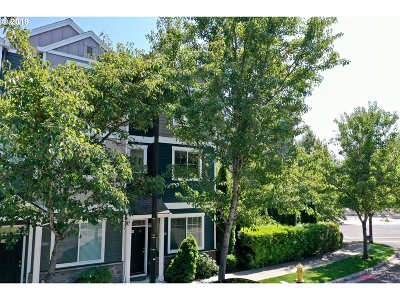 Tigard Condo/Townhouse For Sale: 10488 SW 90th Ave