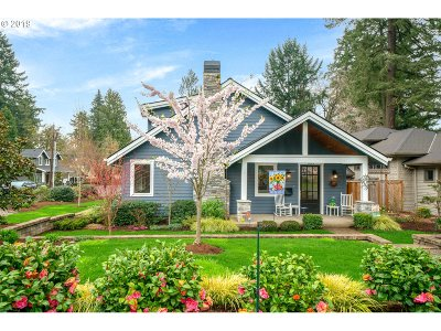 Lake Oswego Single Family Home For Sale: 885 9th St