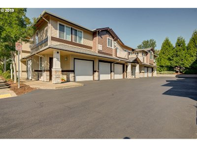 Beaverton, Aloha Condo/Townhouse For Sale: 15060 SW Mallard Dr #203