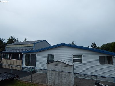 Coos Bay Single Family Home For Sale: 63625 N Spring Rd