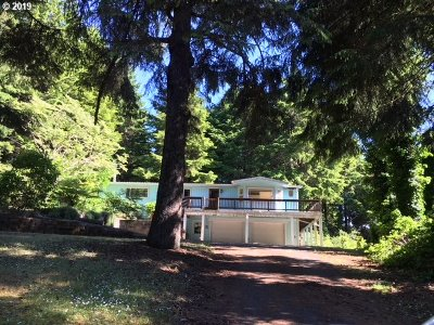 Coos Bay Single Family Home For Sale: 62363 Crown Point Rd