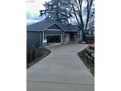 Washougal Single Family Home For Sale: 1330 N Blodgett Ct