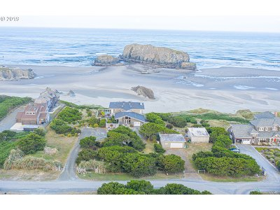 Bandon Single Family Home For Sale: 54208 Gould Road