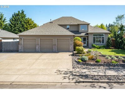 Oregon City Single Family Home Bumpable Buyer: 18894 Highland Dr