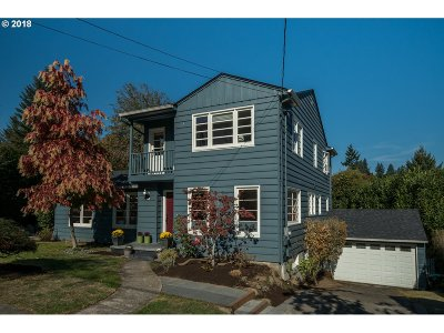 Portland Single Family Home For Sale: 907 SW Troy St