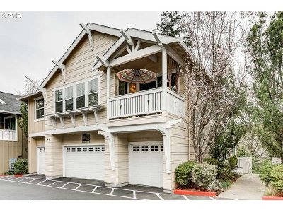 Portland Condo/Townhouse For Sale: 8357 SW 24