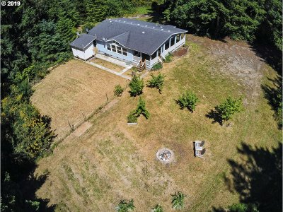 Bandon Single Family Home For Sale: 88756 Rhododendron Ln