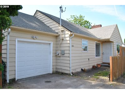 Multnomah County Single Family Home For Sale: 1205 SE 162nd Ave