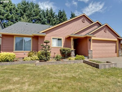 Oregon City Single Family Home For Sale: 19534 Silverfox Pkwy