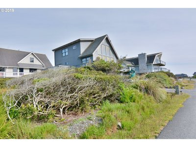 Gold Beach Single Family Home For Sale: 30705 Sandy Dr