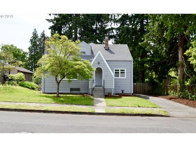 Vancouver Single Family Home For Sale: 701 E 27th St