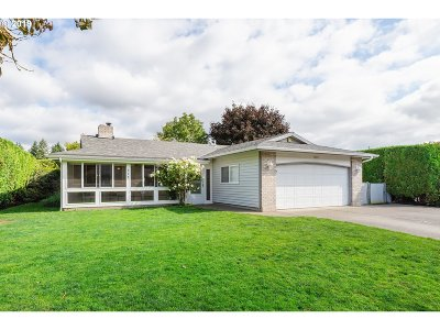 Canby Single Family Home For Sale: 960 NE 14th Ave