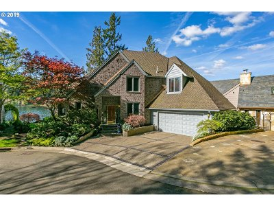 Lake Oswego Single Family Home For Sale: 1475 Oak Ter