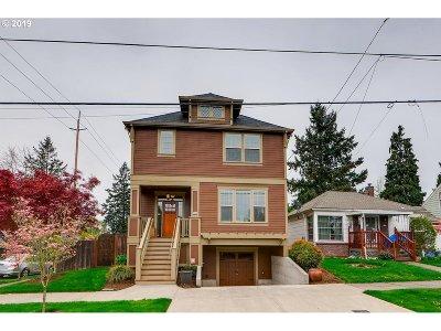 Portland Single Family Home For Sale: 5242 NE 35th Pl